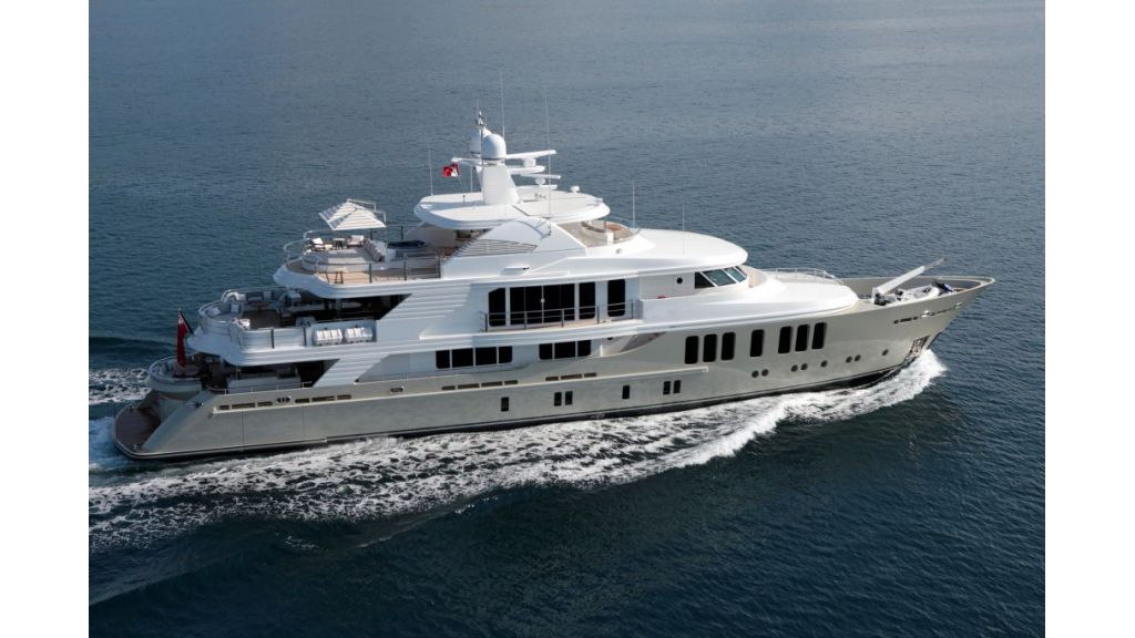 exquisitely-designed-motoryacht-6