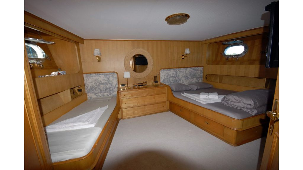 Benetti 88 ft for Sale (12)