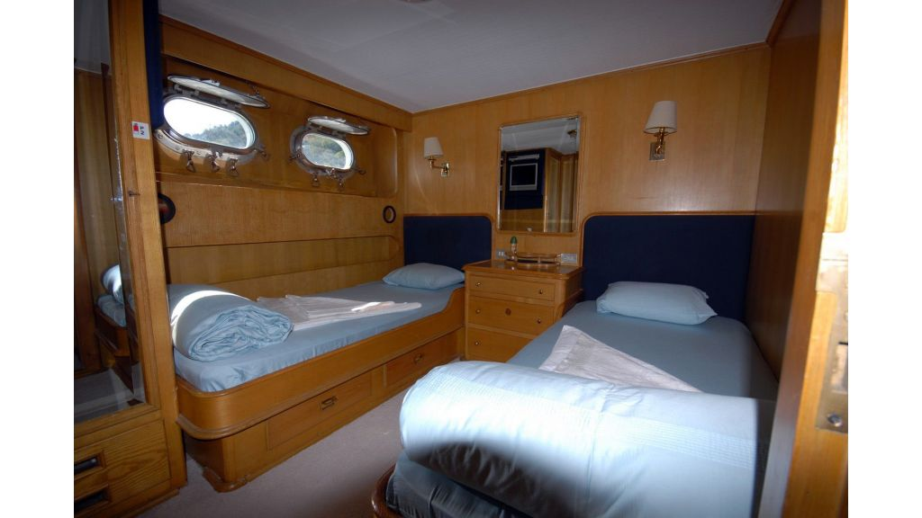 Benetti 88 ft for Sale (4)
