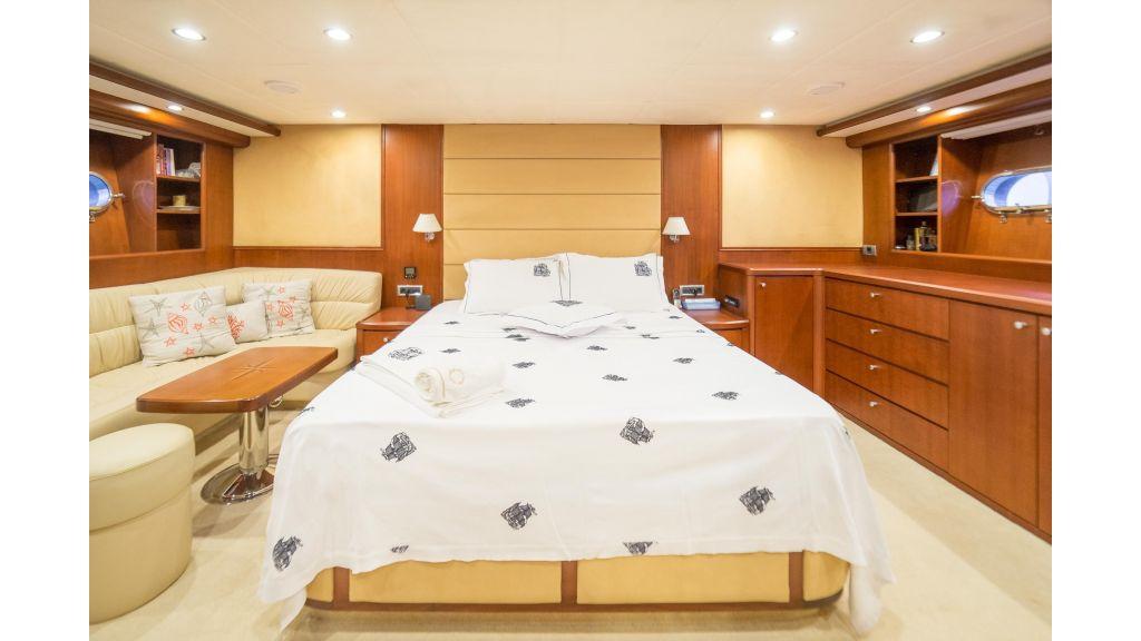 Deluxia motor yacht (10)