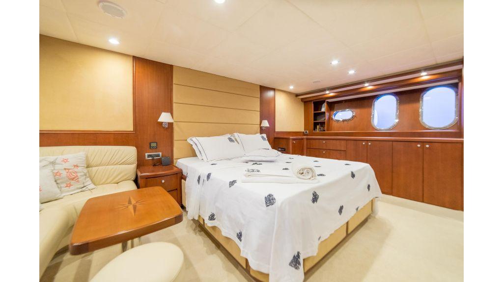 Deluxia motor yacht (13)