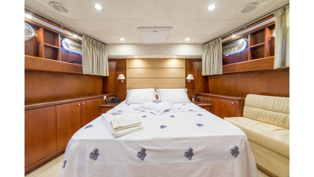Deluxia motor yacht (19)