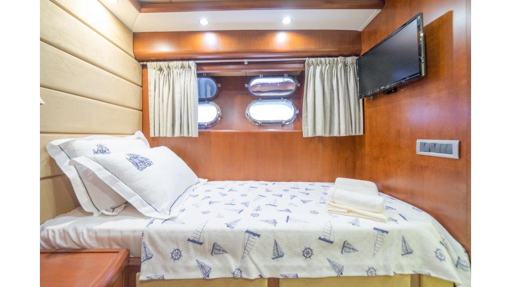 Deluxia motor yacht (31)