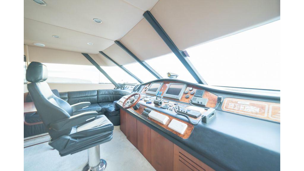 Deluxia motor yacht (42)