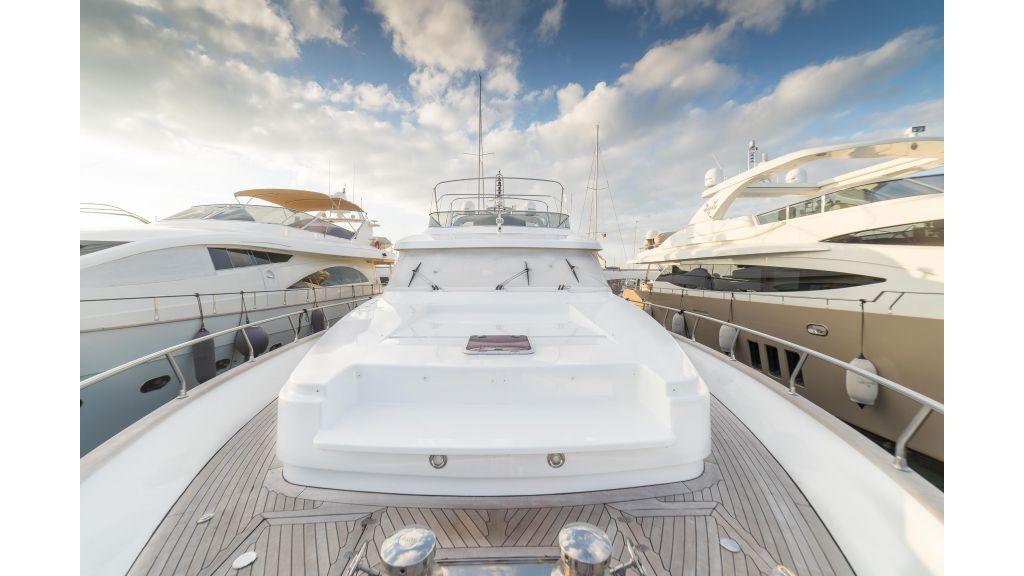 Deluxia motor yacht (44)