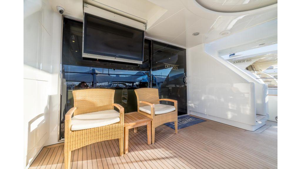 Deluxia motor yacht (48)