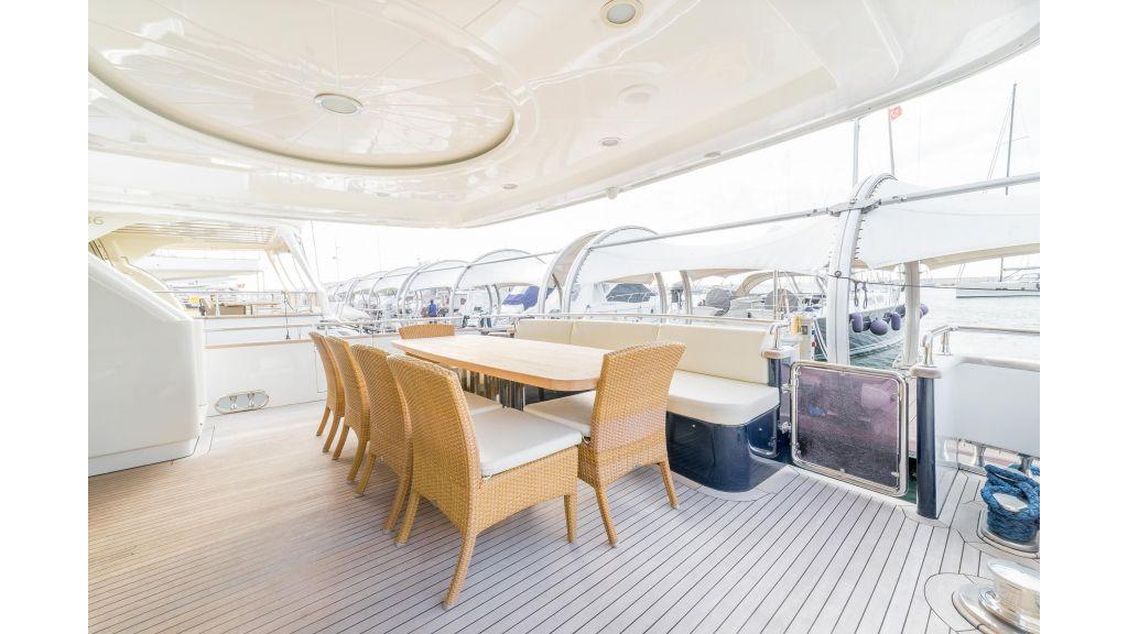 Deluxia motor yacht (52)