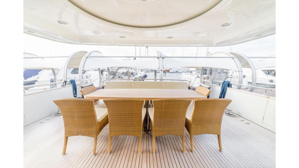 Deluxia motor yacht (53)