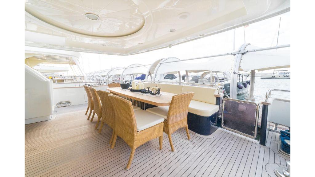 Deluxia motor yacht (55)