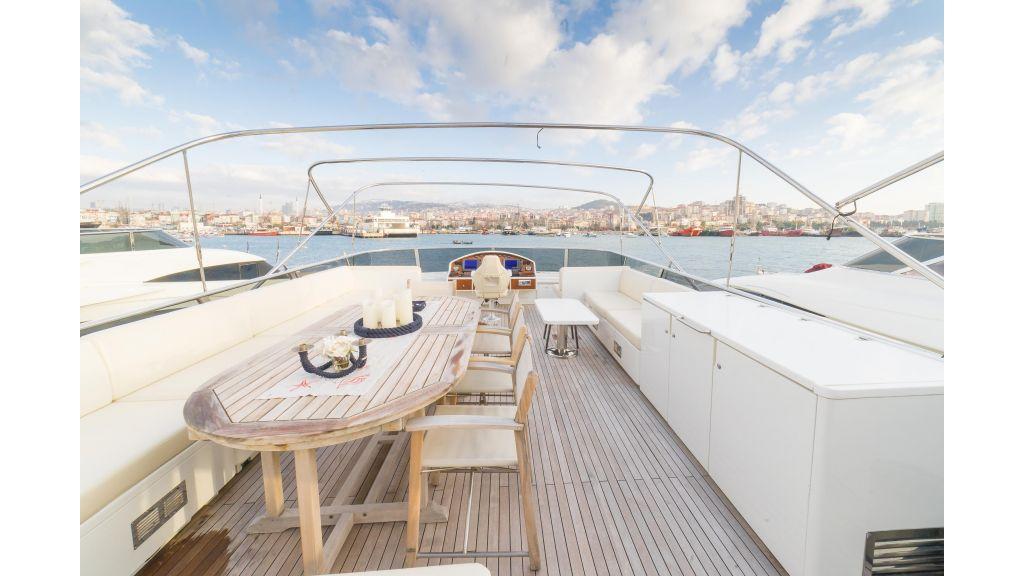 Deluxia motor yacht (62)