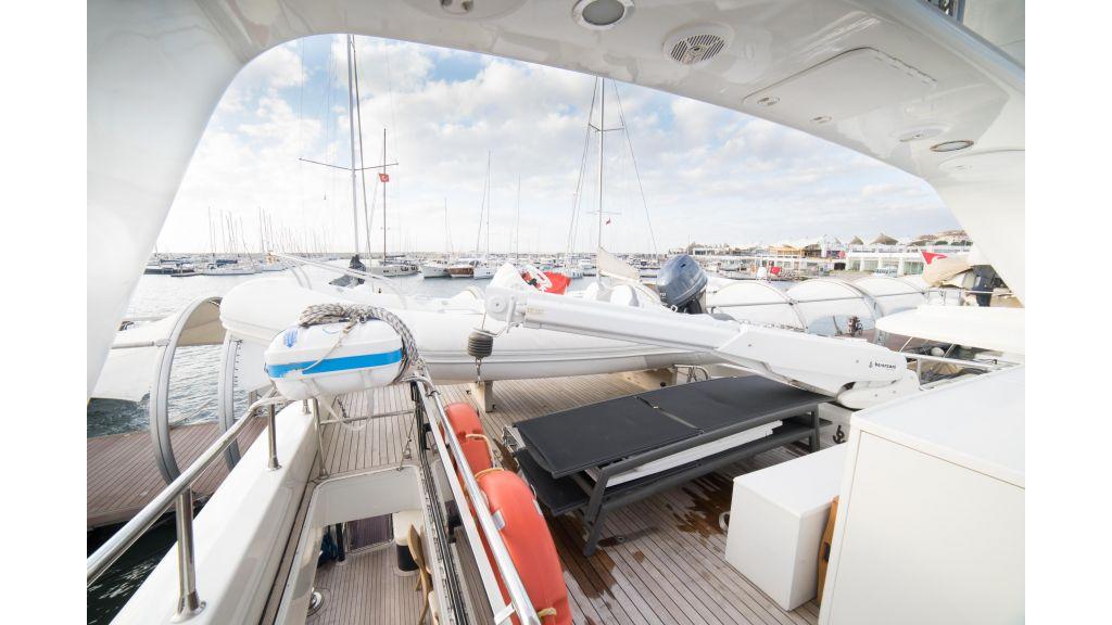 Deluxia motor yacht (67)