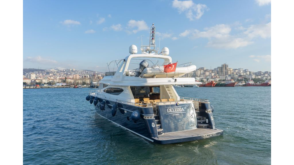 Deluxia motor yacht (73)