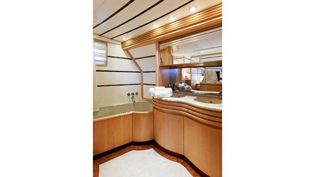 Steel Hull 30 m motoryacht (25)