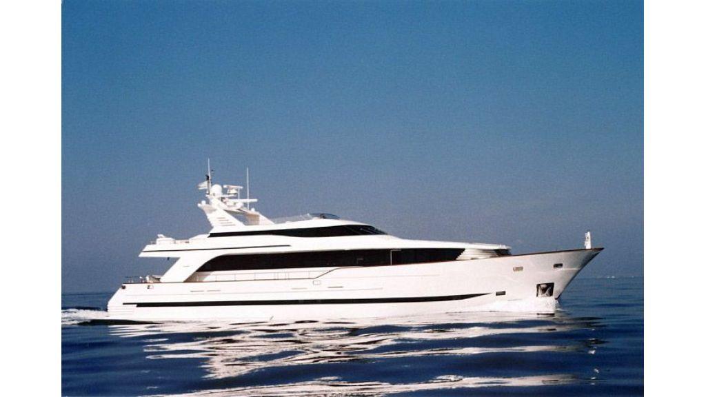 Steel Hull 30 m motoryacht (39)