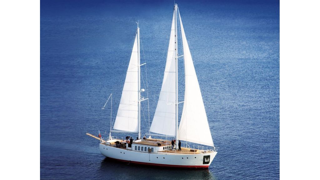 Superlux Classic Steel Construction Motorsailer (0)