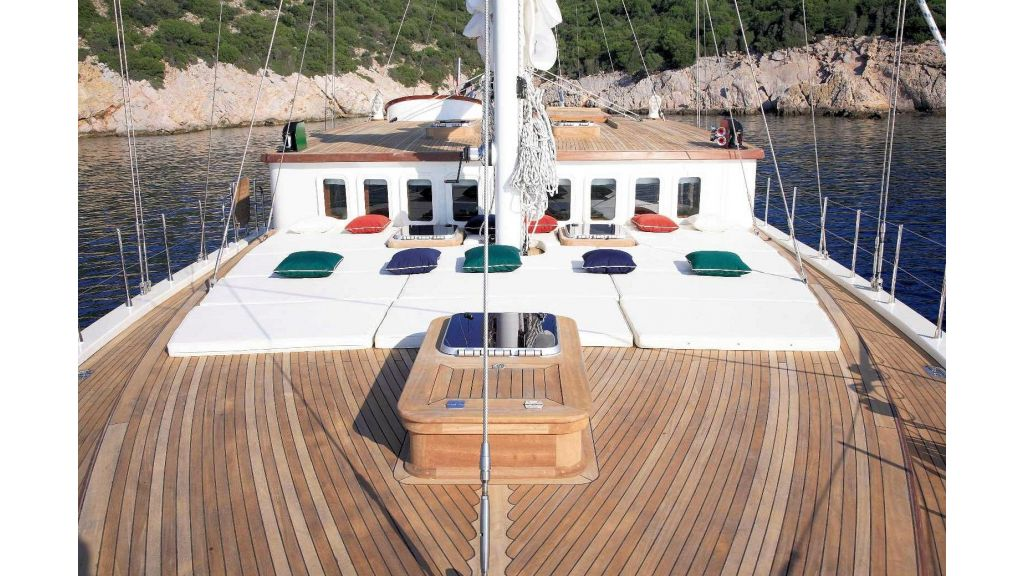 Superlux Classic Steel Construction Motorsailer (10) - master
