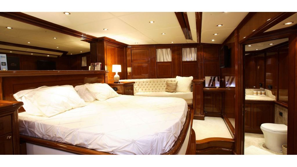 Superlux Classic Steel Construction Motorsailer (42) - master