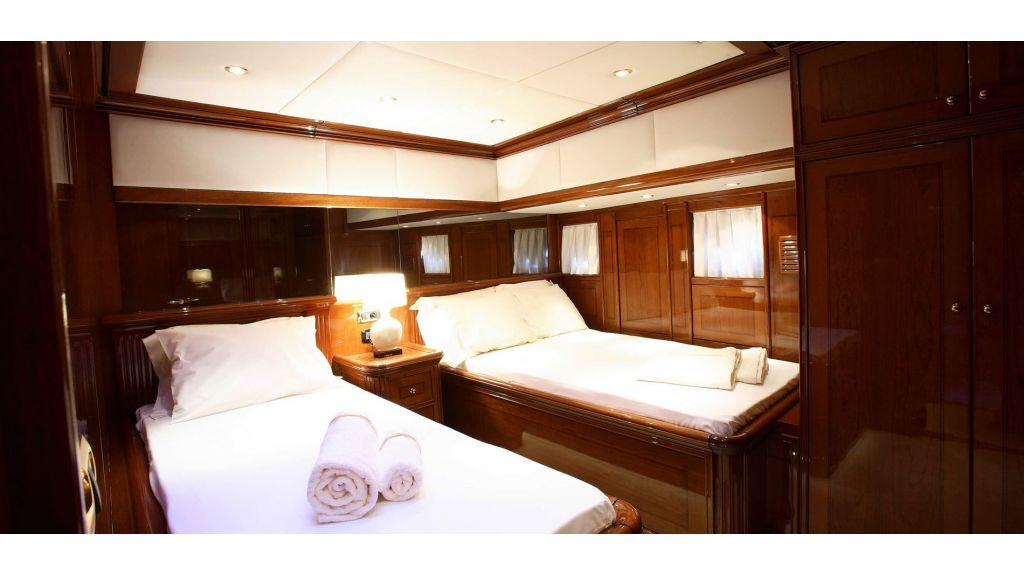 Superlux Classic Steel Construction Motorsailer (43) - master