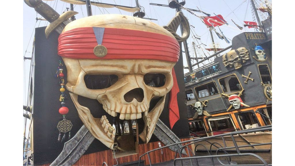Daily Cruise Pirate Ship (7)