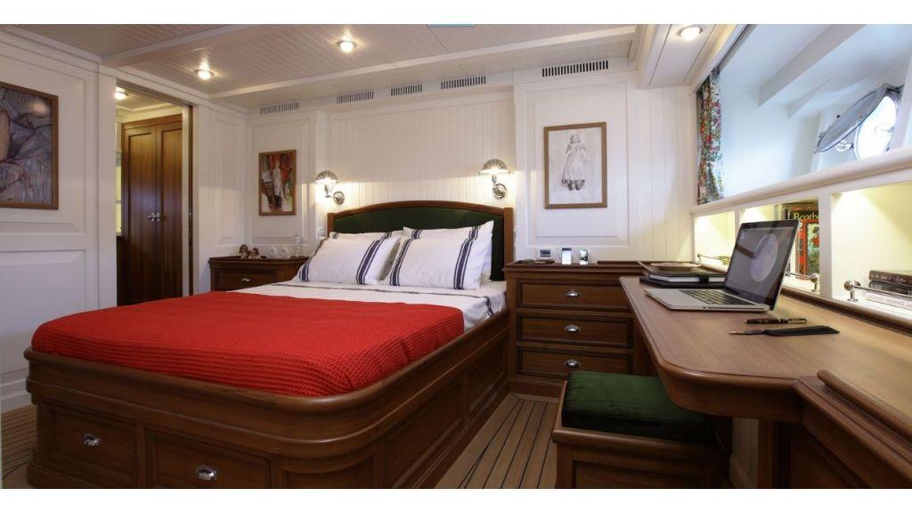 Darwin Luxury Motoryacht (12)