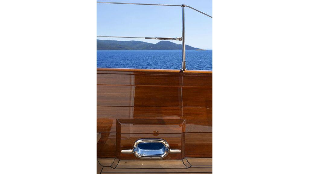 Darwin Luxury Motoryacht (14)