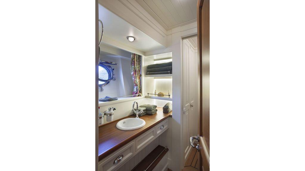 Darwin Luxury Motoryacht (30)