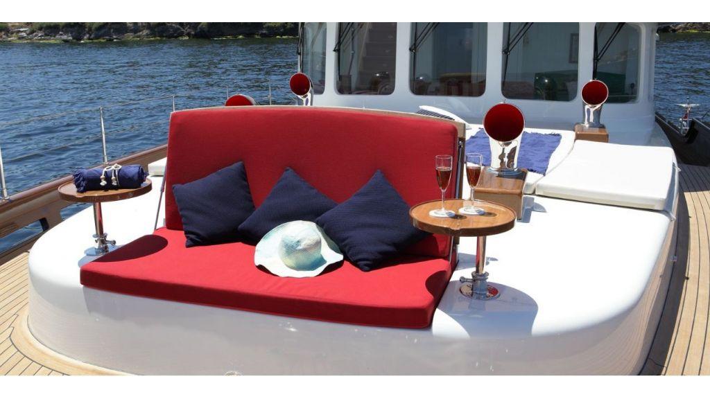Darwin Luxury Motoryacht (4)