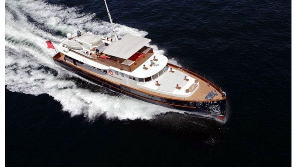 Darwin Luxury trawler