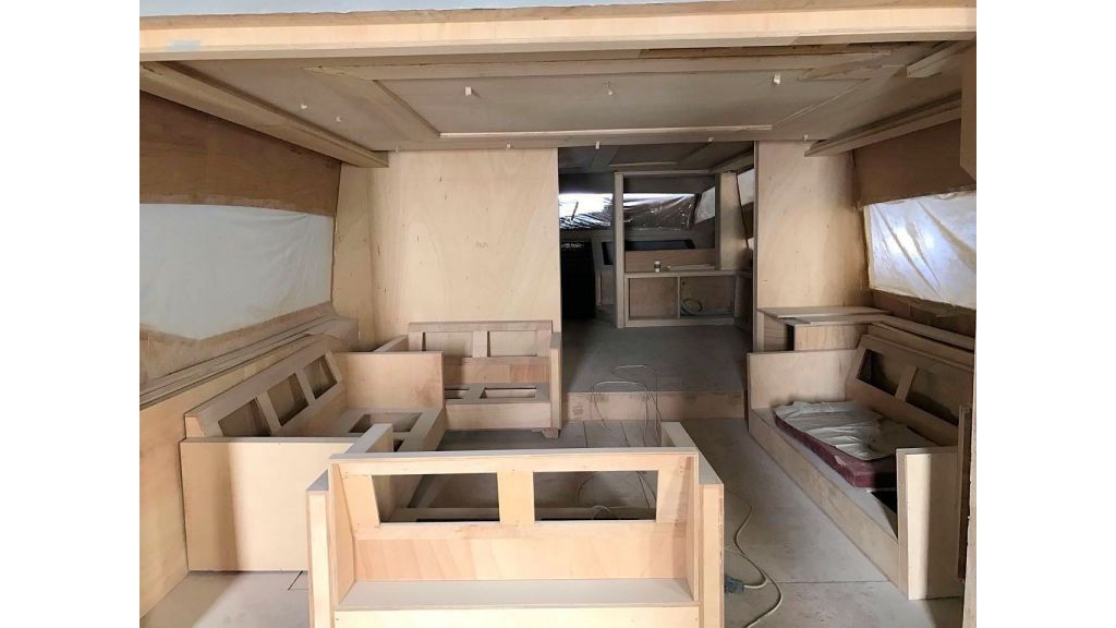Epoxy Laminated Motoryacht (33)
