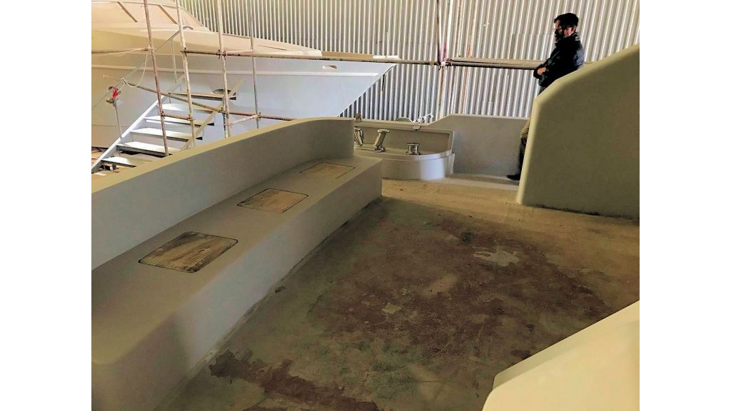 Epoxy Laminated Motoryacht (41)