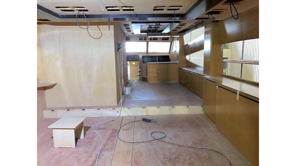 Epoxy Laminated Motoryacht (58)
