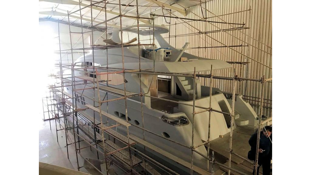 Epoxy Laminated Motoryacht (6)