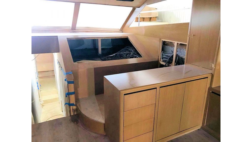 Epoxy Laminated Motoryacht (62)