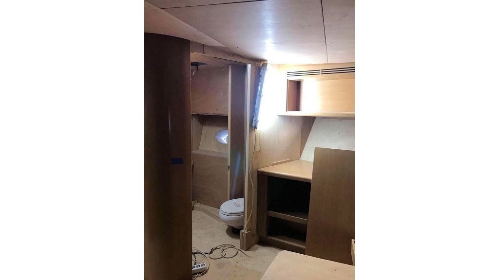 Epoxy Laminated Motoryacht (67)