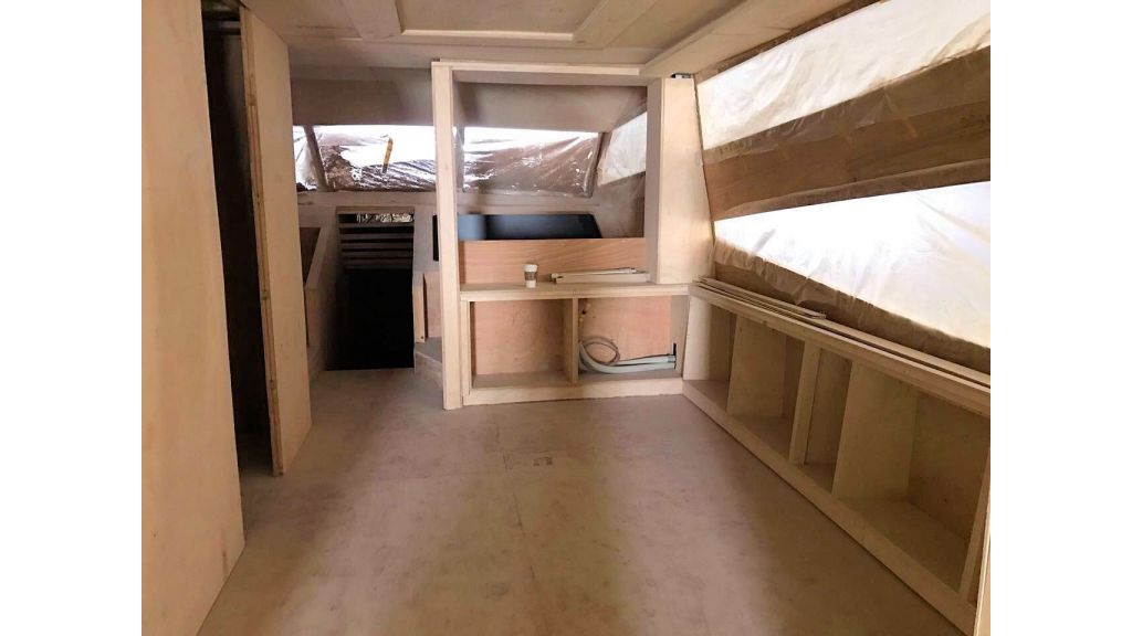 Epoxy Laminated Motoryacht (90)