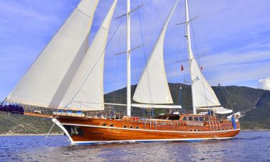 Lycian Queen at sail