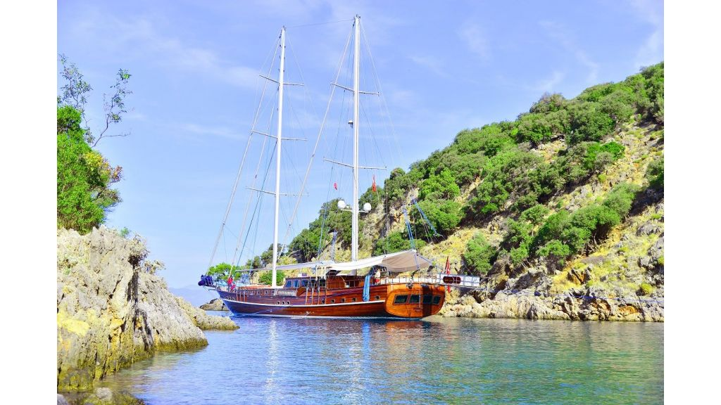 Lycian Queen side bay