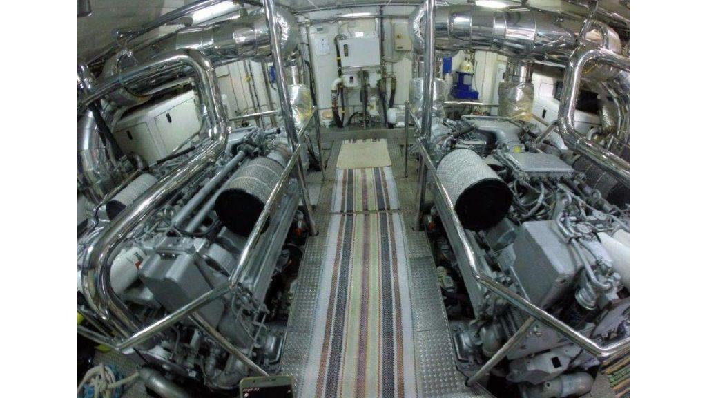 Benetti Replica Motoryacht (10)