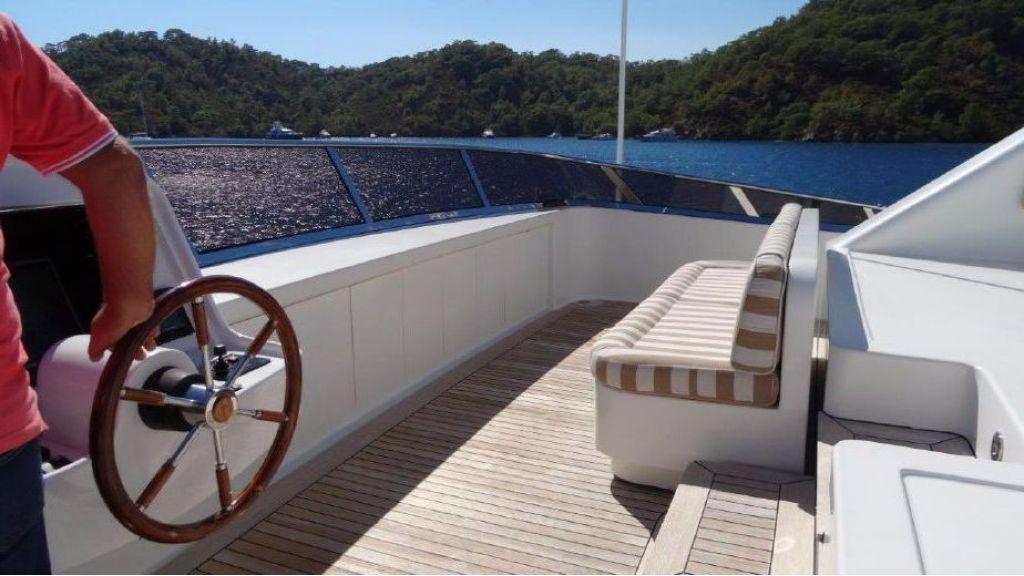 Benetti Replica Motoryacht (11)