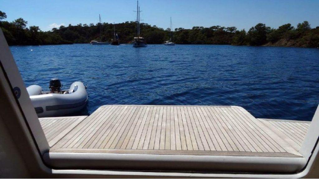Benetti Replica Motoryacht (2)