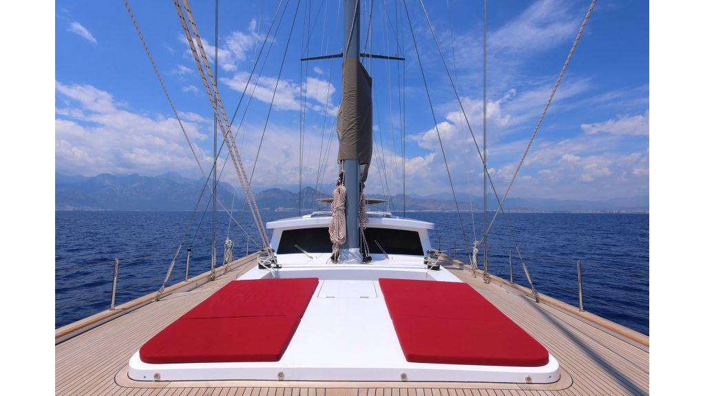 Steel Aluminium Sailing Yacht (16)
