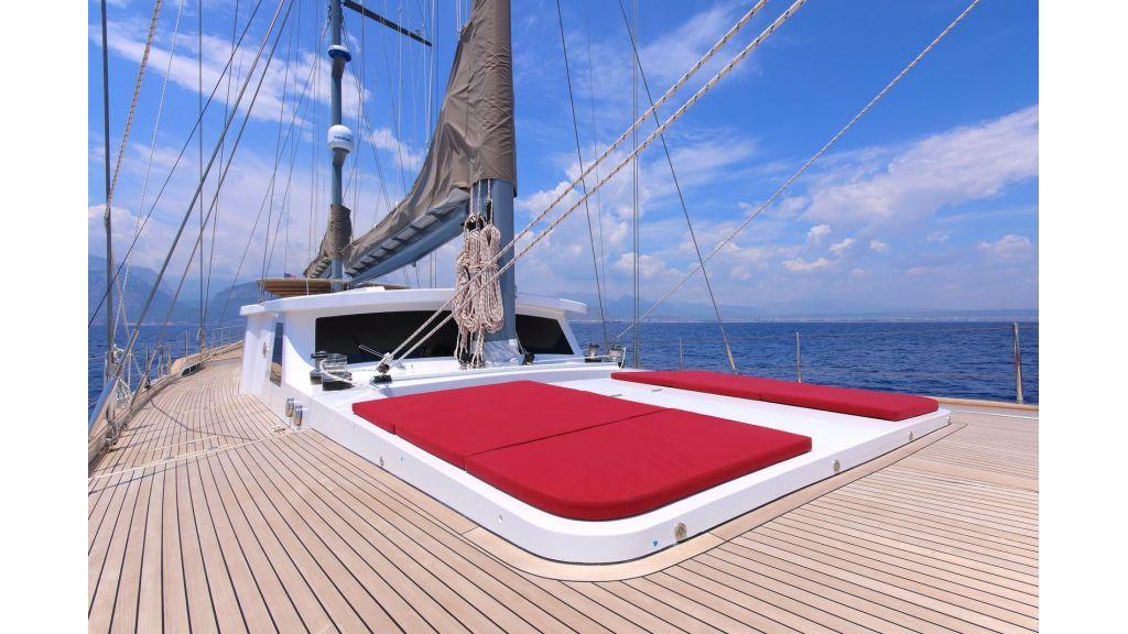 Steel Aluminium Sailing Yacht (19)