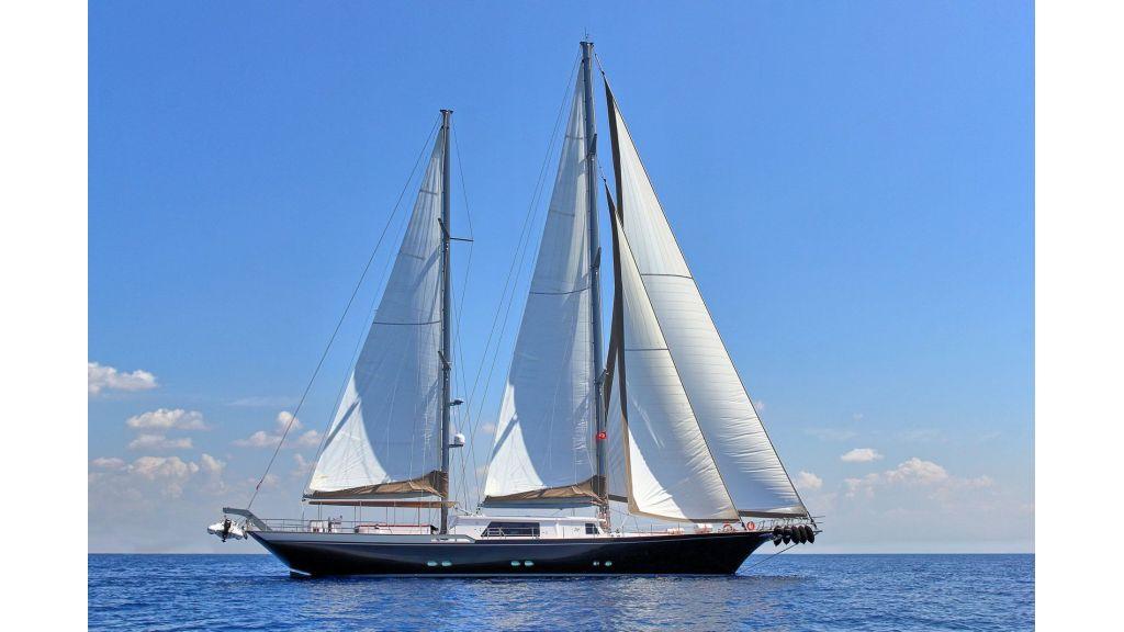 Steel Aluminium Sailing Yacht (3)