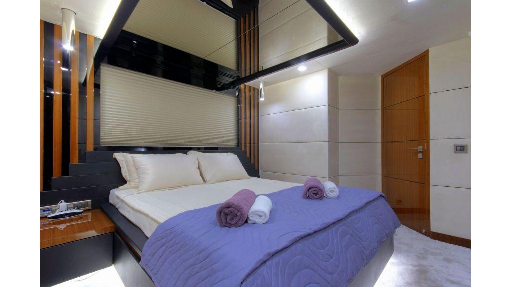 Steel Aluminium Sailing Yacht (36)