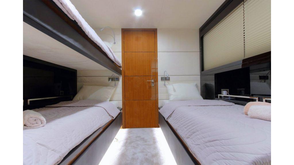 Steel Aluminium Sailing Yacht (47)