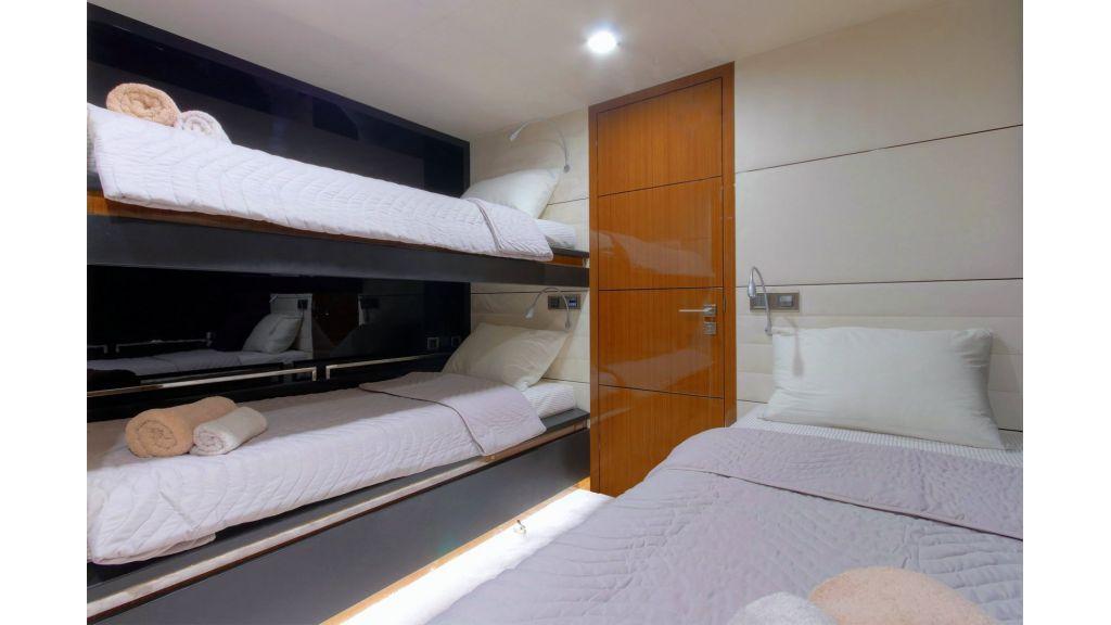 Steel Aluminium Sailing Yacht (48)