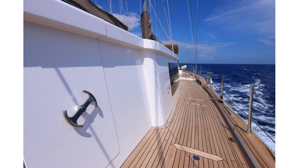 Steel Aluminium Sailing Yacht (9)