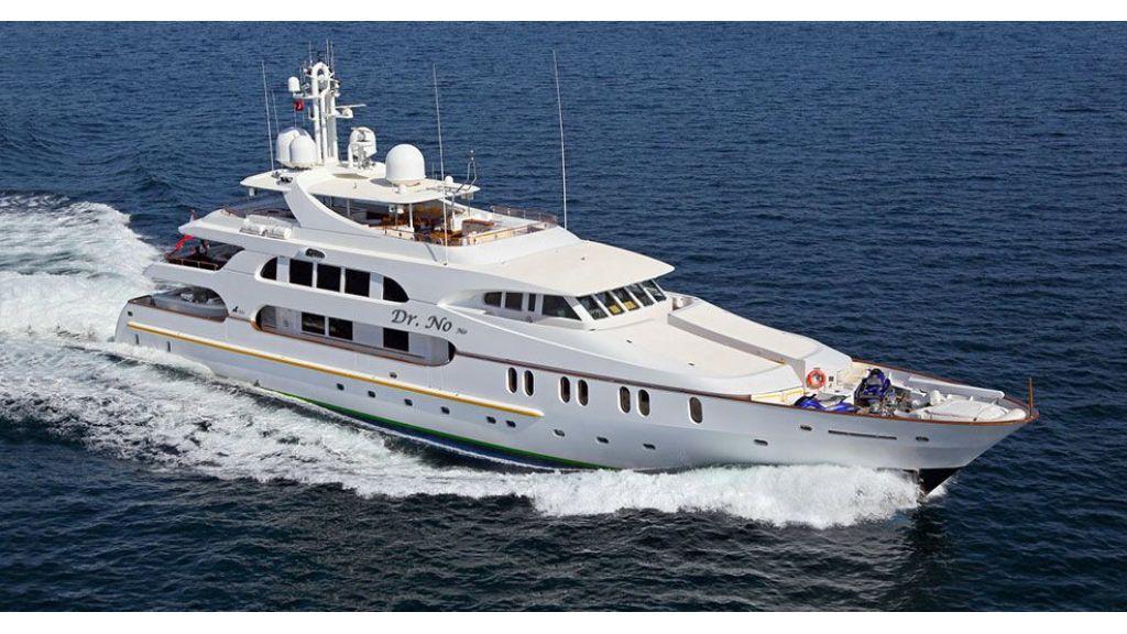 Dr no no Motor Yacht (1)