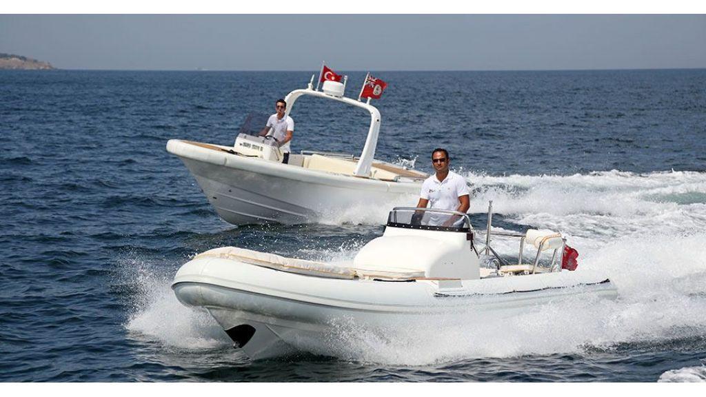 Dr no no Motor Yacht (14)