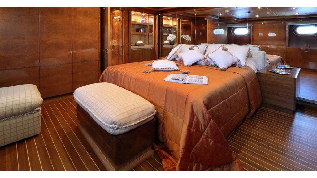 Dr no no Motor Yacht (26)